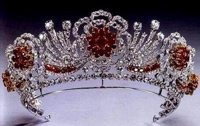 The Royal Order of Sartorial Splendor: Tiara Thursday: The Burmese Ruby Tiara