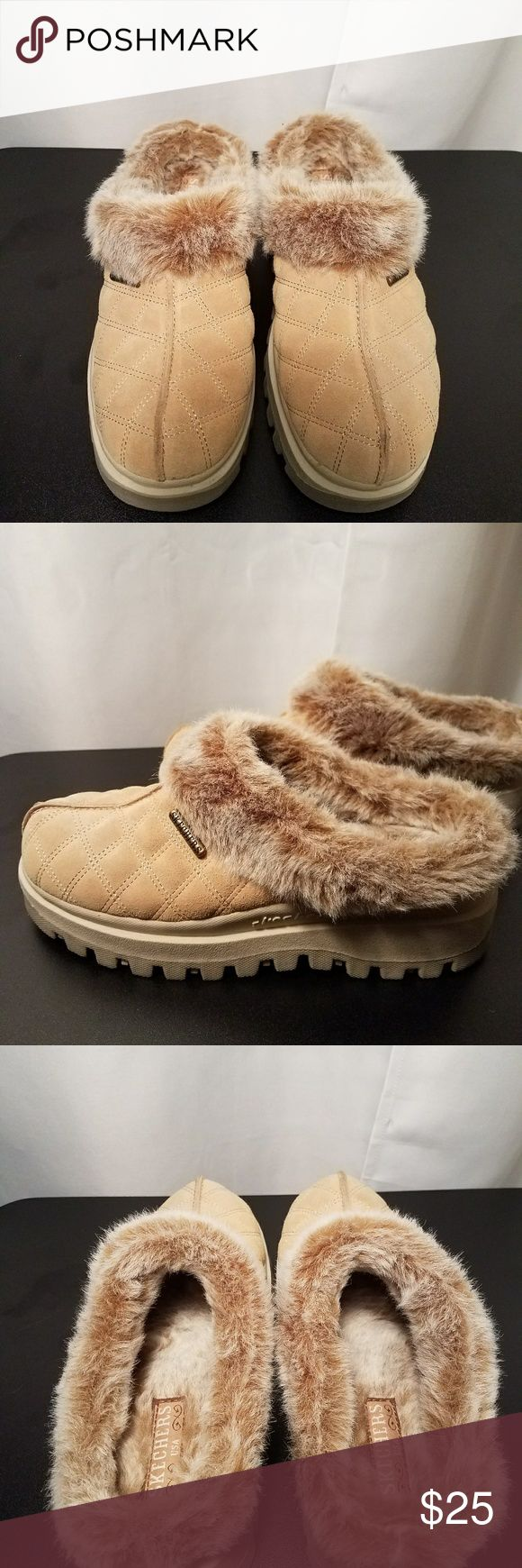 Skechers Slip On Mule Quilted split toe with faux fur lining.  New without tags Skechers Shoes Mules & Clogs