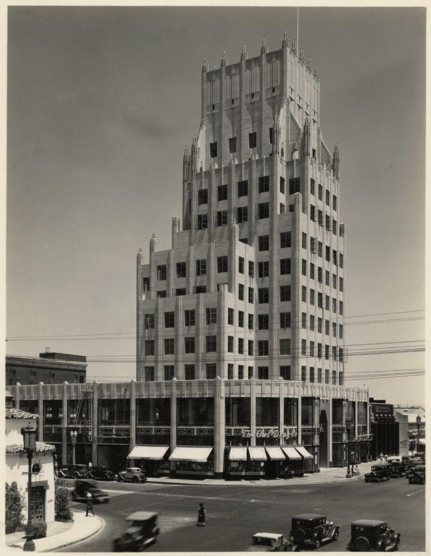 E. Clem Wilson Building, Wilshire and La Brea, 1930's