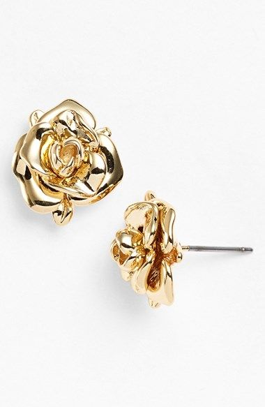 sweet rosebud earrings http://rstyle.me/n/vz4j9r9te