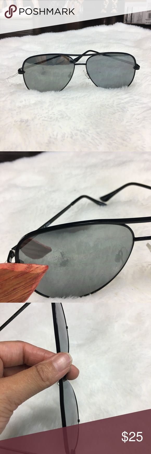 Quay x Desi High Key black aviator sunglasses Good to fair condition. There is a light sign of wear on one of the lens. Not noticeable at first glance unless it hits a certain light. The other lens has light scratches Quay Australia Accessories Sunglasses