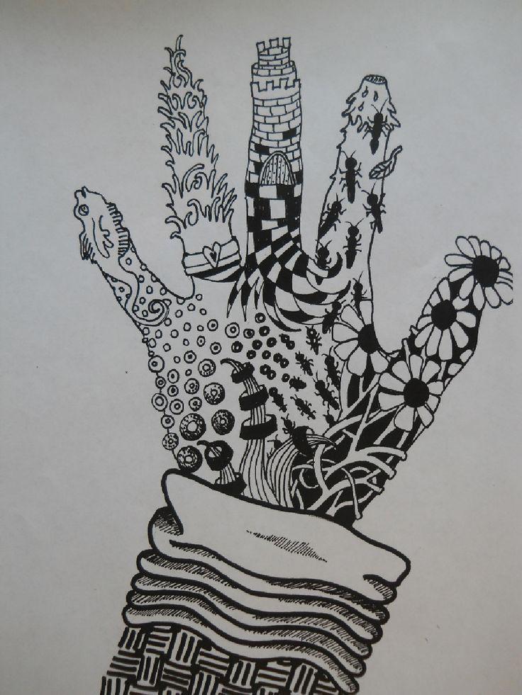 hand tekenen uitwerken met dun zwart stiftje. Fantasie gebruik!
