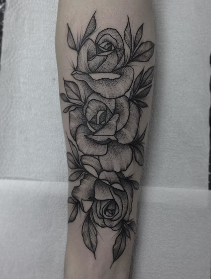 1000 images about tattos on pinterest tatuajes wing for Forearm flower tattoos