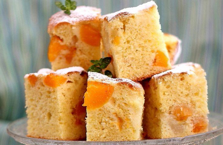 Prăjitură cu caise si piersici