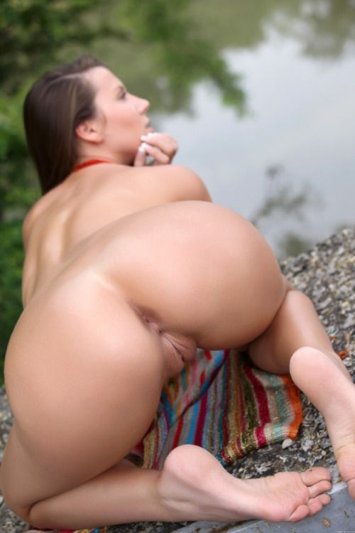 Japan Naked Girls Sucking Dick Nude Pussy