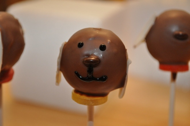 CakeSide - doggy cake pops submitted by Kim MacLaren on www.cakeside.com!
