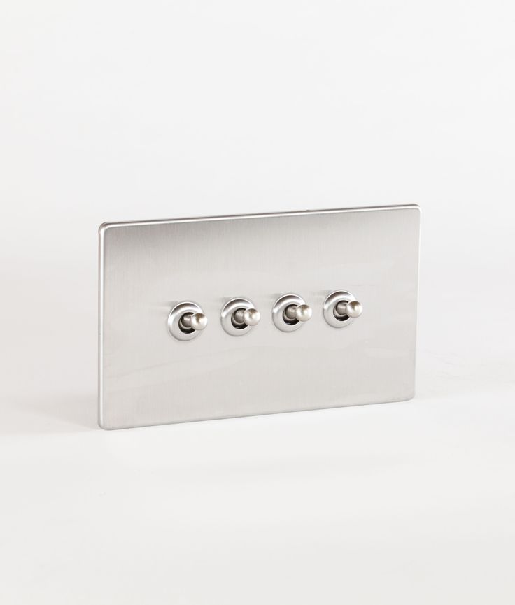 Our toggle light switch 4 toggle silver & silver is a triple toggle switch in silver with silver toggles. Has concealed fittings and is LED compatible.