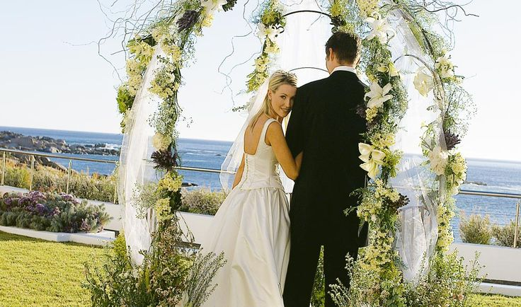 Twelve Apostles Hotel wedding venue with views of Table Mountain and the Atlantic Ocean. http://www.uyaphi.com/wedding/