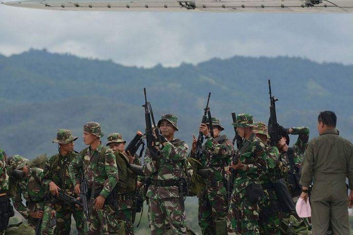 Pasukan Khusus TNI Siap Tangkap Kelompok Santoso | http://www.hobbymiliter.com/2289/pasukan-khusus-tni-siap-tangkap-kelompok-santoso/