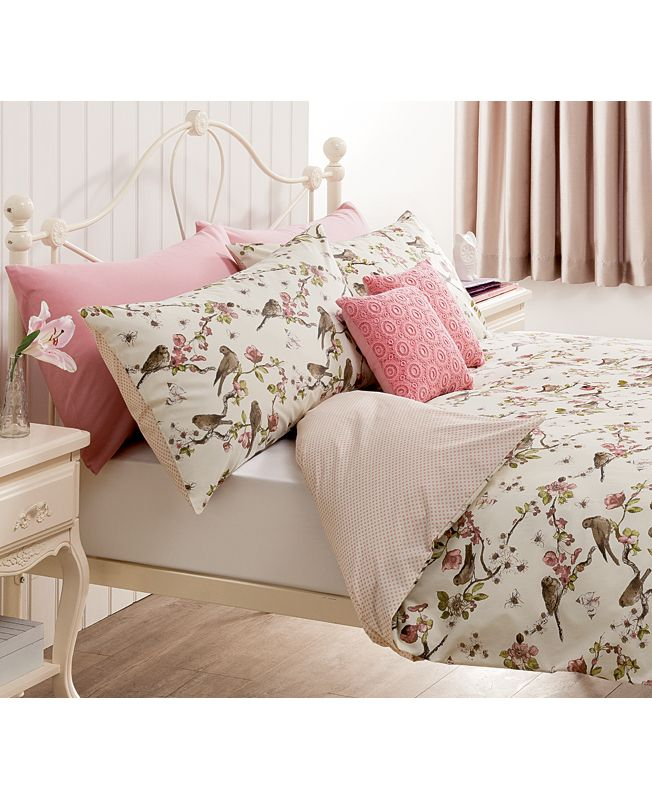 George home birds duvet cover. Shabby chic bedroom style.