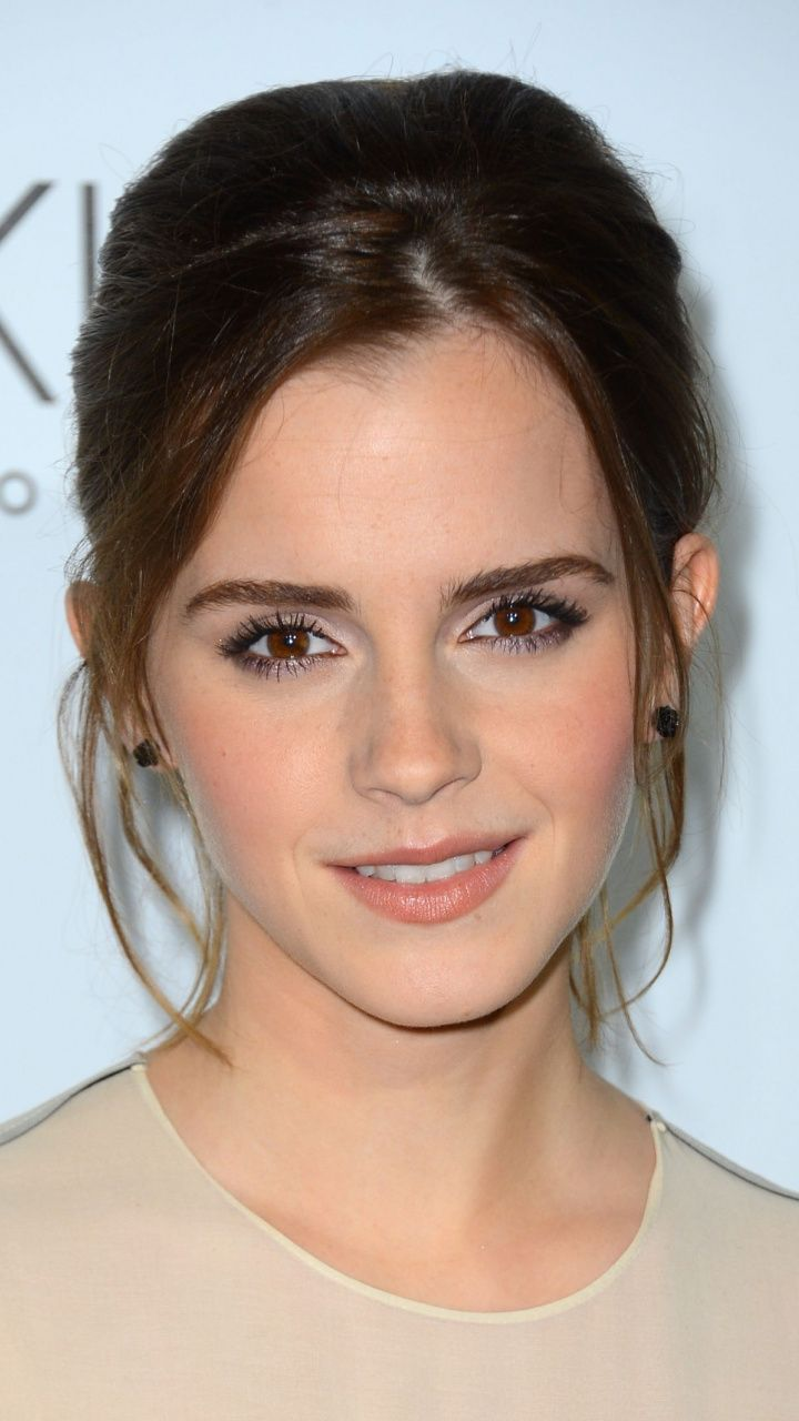 Emma Watson Pretty Actress Brown Eyes 720x1280 Wallpaper Womens Hairstyles Hair Styles Older Women Hairstyles