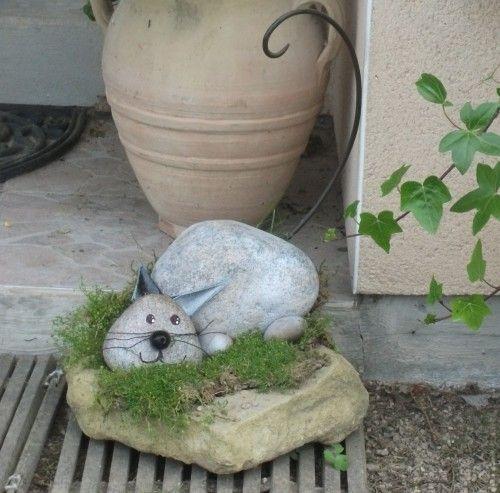 Les 25 meilleures id es de la cat gorie sculpture de roche for Gros galets decoratifs exterieur