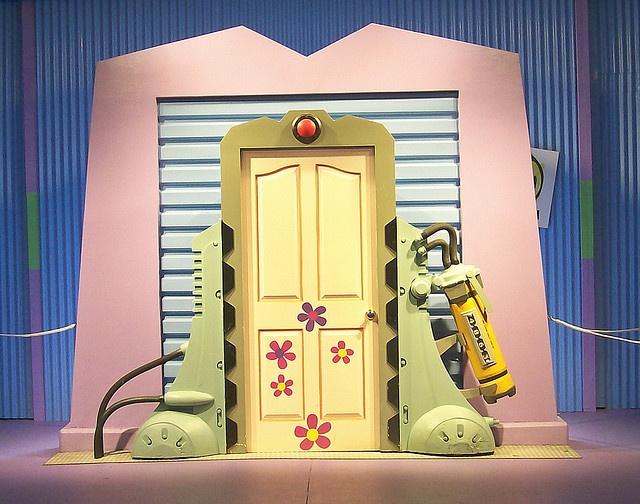 Vinilos De Flores Para Alegrar Tu Casa: 25+ Best Ideas About Monsters Inc Doors On Pinterest