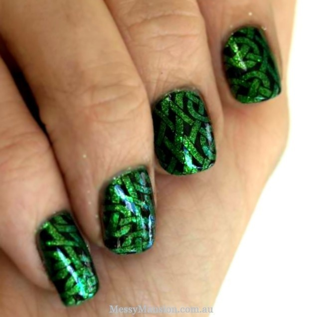 St Pats Celtic Knotwork nails- Reward for not bitting nails??