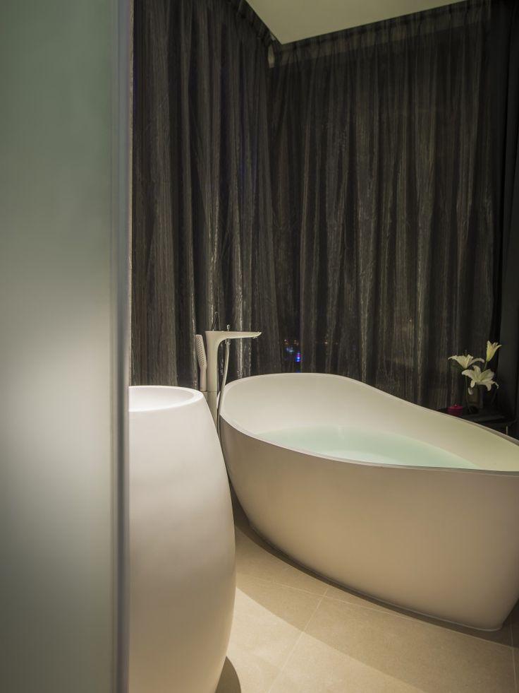apaiser basin u0026 custom bath at Pullman