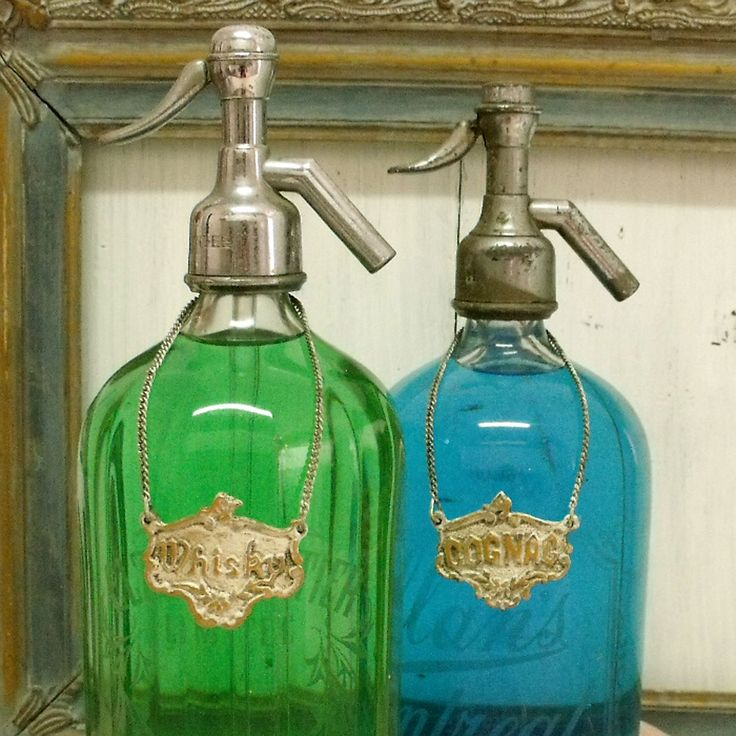 17 best images about vintage home decor and housewares on for Decor drink bottle
