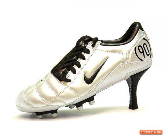 Nike – High Heels Cleats