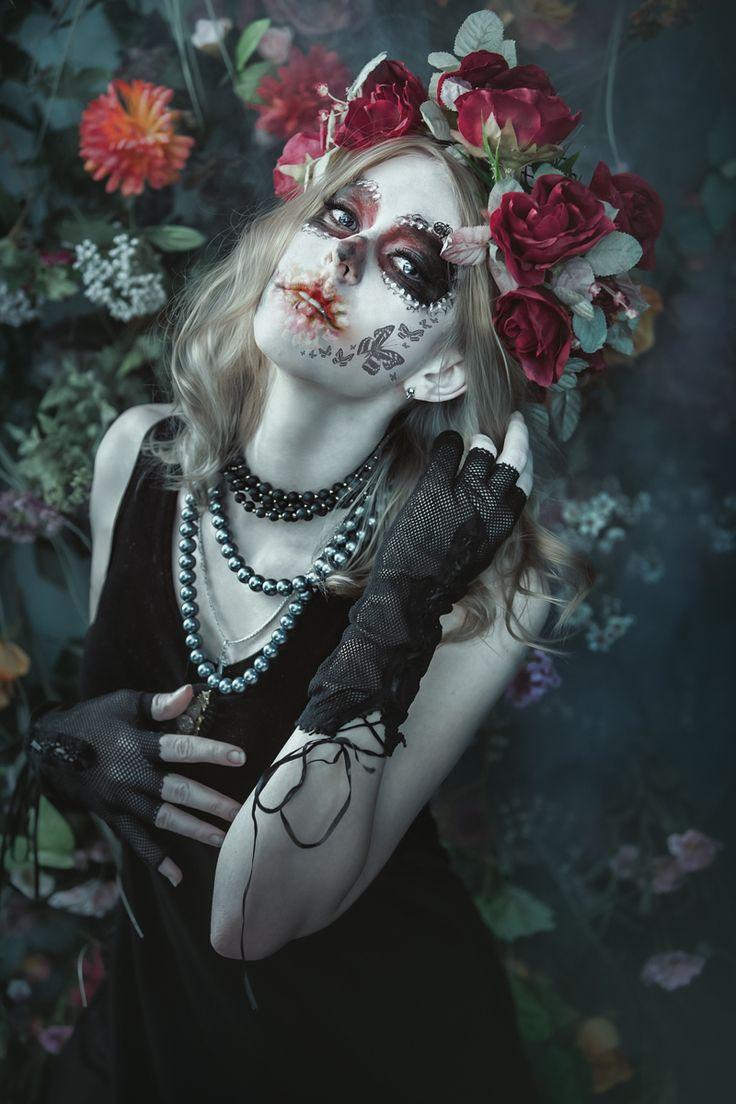 """""""Día de los Muertos"""" — Photographer: Tatiana Lumiere Model: Geniia Elliott"""