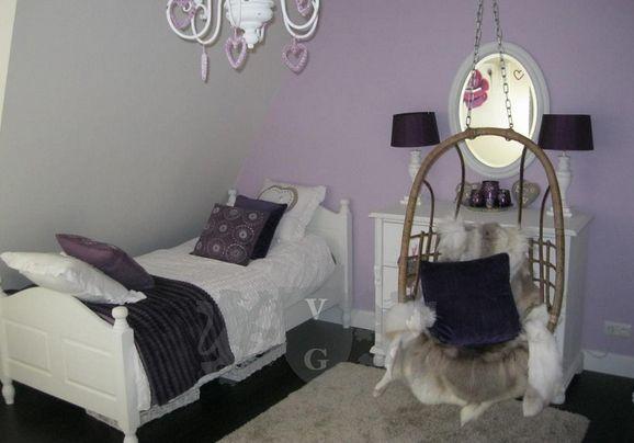 56 . slaapkamer door gebruik van warme paarse tinten. slaapkamer ...