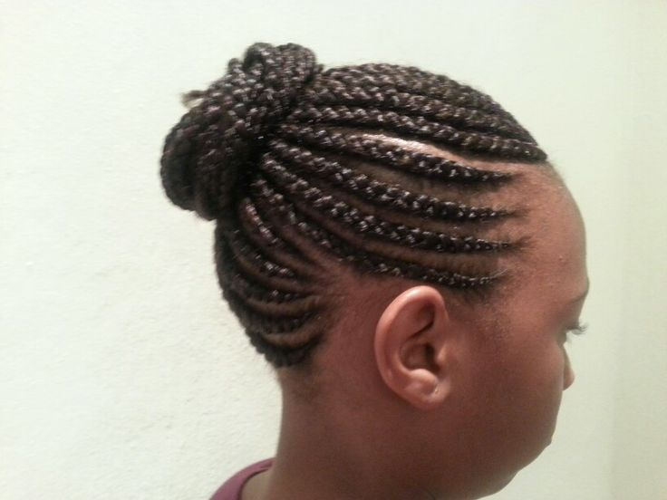 Straight up cornrow hairstyle #braids #salon #hairstyle