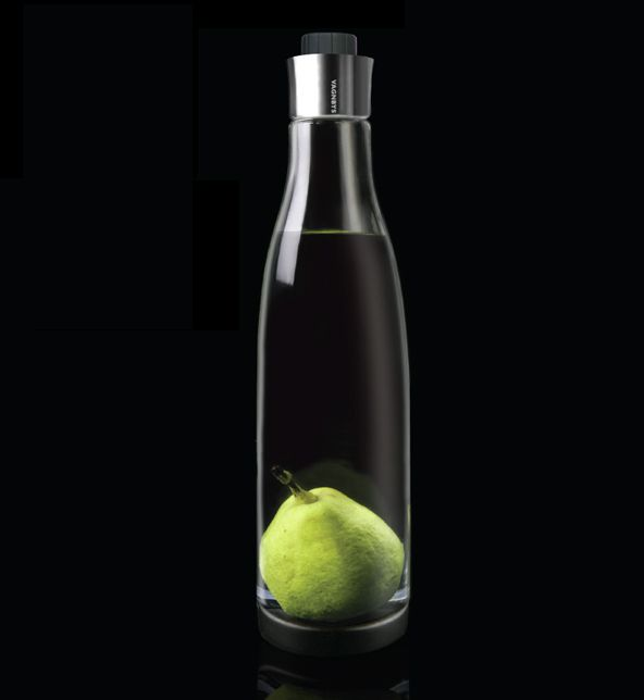 Multi Carafe with removable bottom system designed by Marcus Vagnby