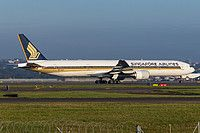 9V-SYF Singapore Airlines Boeing 777-312
