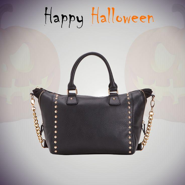 #handbags #ideas #halloween #dark #black http://www.carpisa.it/it/specialweek/fallwinter2014.html/