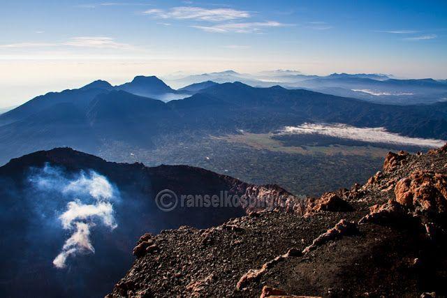 Pendakian Gunung Kerinci 3.805 M, Berteman Maut Menuju Puncak Api Tertinggi