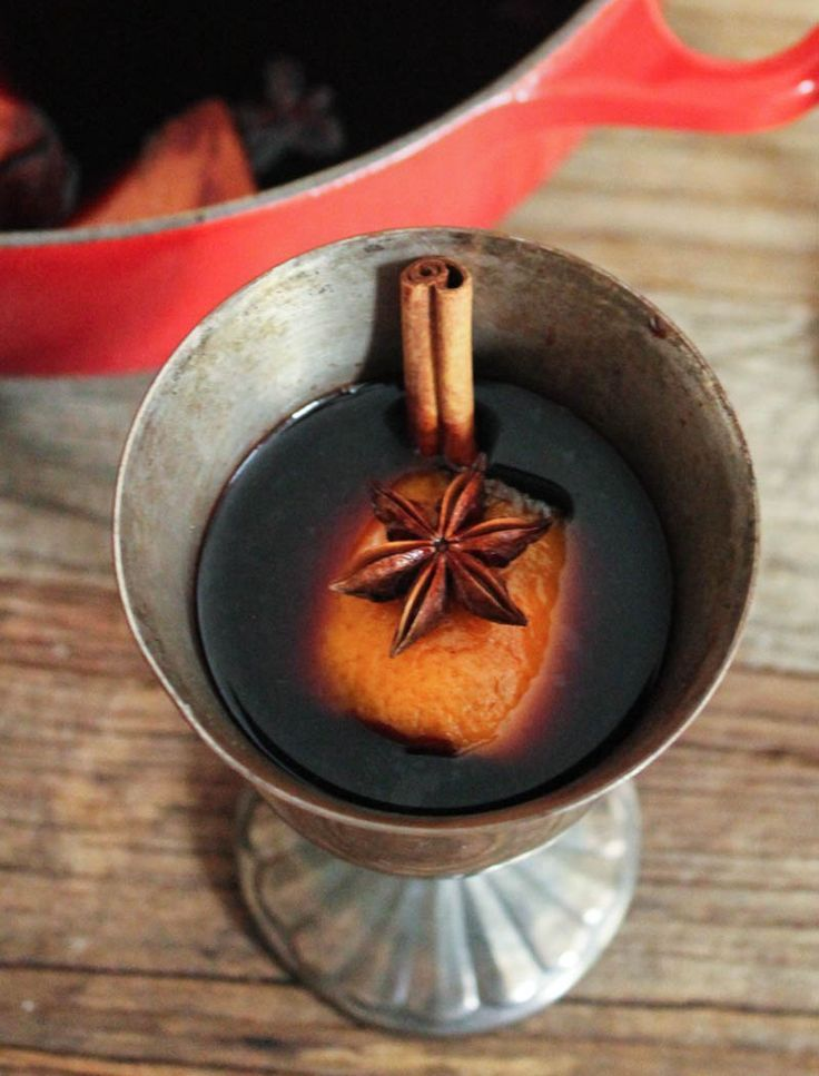 The Best Mulled Wine recipe EVER. Slightly sweet, fruity and warmly spiced, this cozy cocktail is guaranteed to be a cold weather favorite.