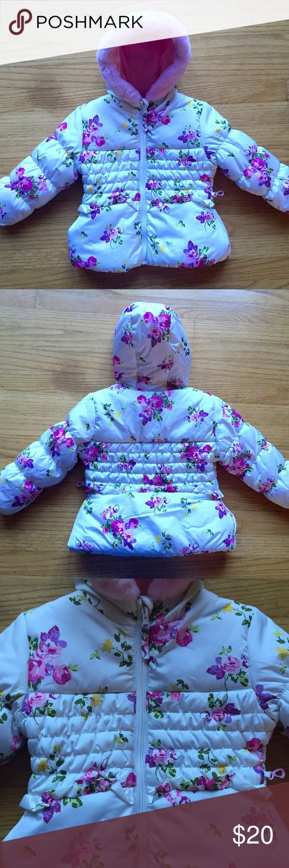 Toddler Girls Winter Puffer Jacket floral print NWOT Toddler girls winter puffer jacket, pink fleece lining. Very cute floral print. Size 3t. Rothschild Jackets & Coats Puffers