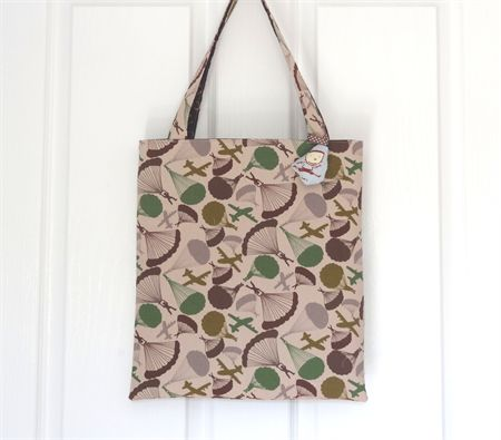 Parachute/Horse-shoe Reversible Tote with Bag Charm