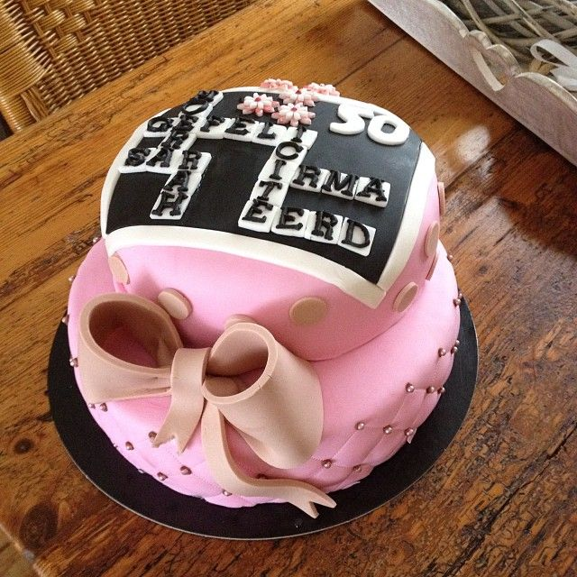 #cake #taart #scrabble #pink #bow #blackwhite #letters #fondant #homemade #chocolatefilling #sweet #birthday