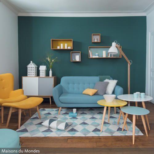 Wie Die Sonne Und Das Meer Erstrahlt Ein Wohnzimmer Wenn Man Es In Den Kontrastfarben Gelb Blau Einrichtet Durch Wahl Von Curry Sowie Trkis
