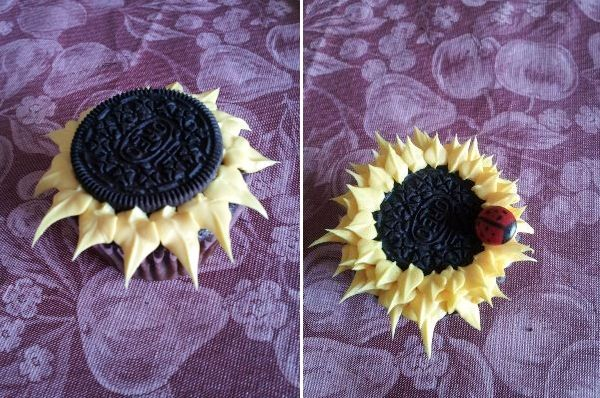 Oreo Sunflower Cupcakes
