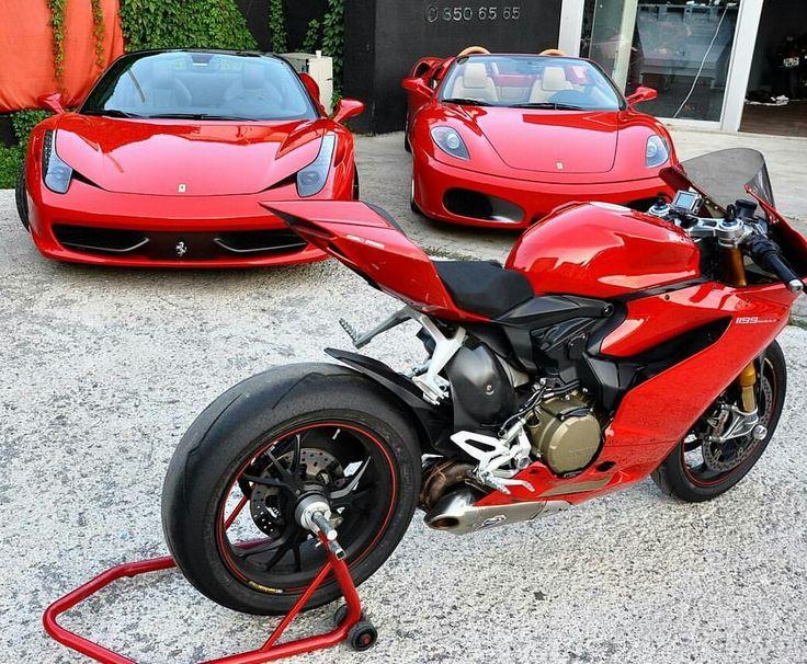 Ducati 1199 Panigale vs Ferrari 458 an Ferrari 430