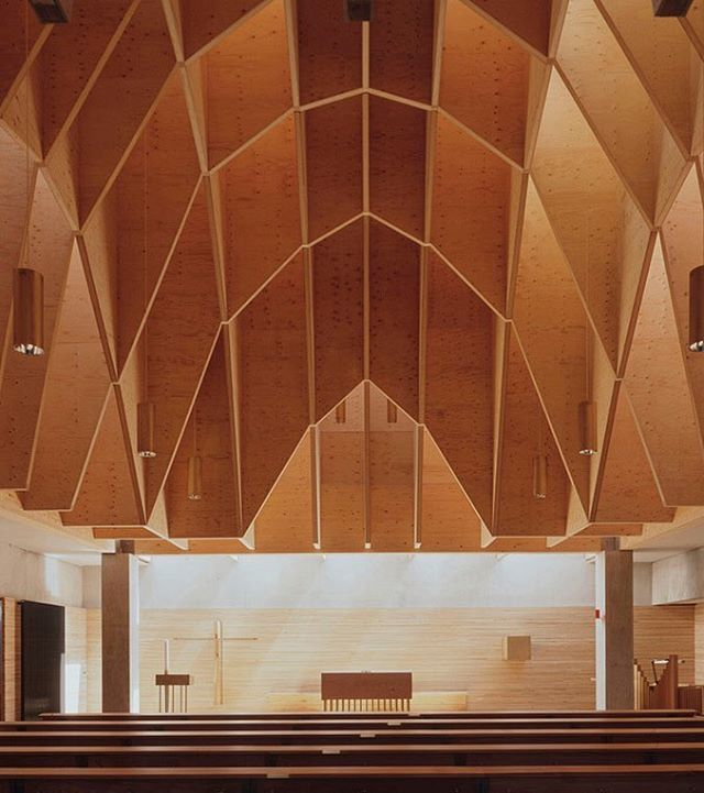 cheret bozic - church, heilbronn-sontheim 1997.  roland halbe. #architecture #cheretbozic #germany #church #plywood #religiousbuilding #interiors #hrilbronnsontheim