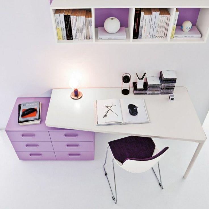 escritorio moderno con cajones lila