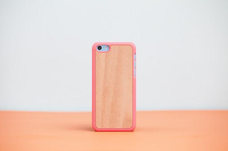 Cover iPhone 5c Fuchsia - Pink // Wood'd #woodd