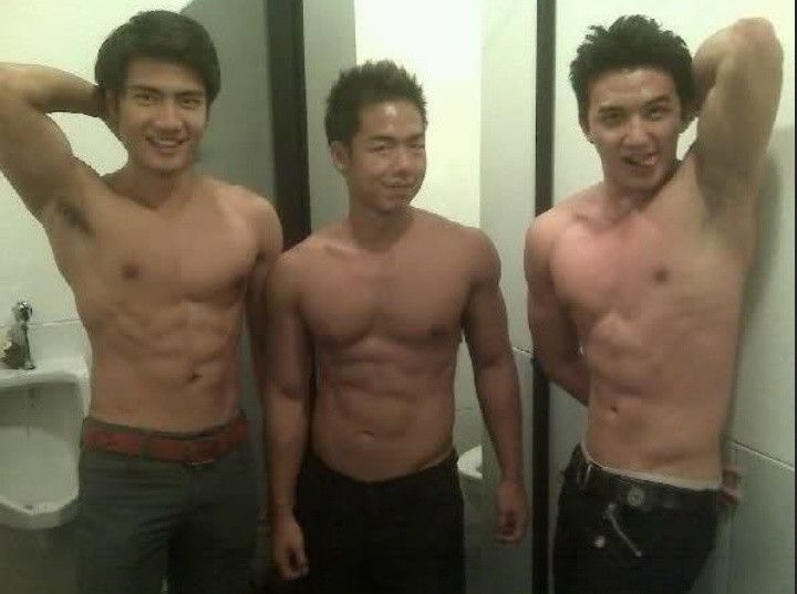Steven Yoswara // Obert Sharon // Shirtless // Armpit // Muscle // Work Out // Sixpack // Gym