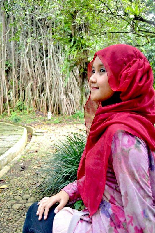 Hijab fashion, senior photography