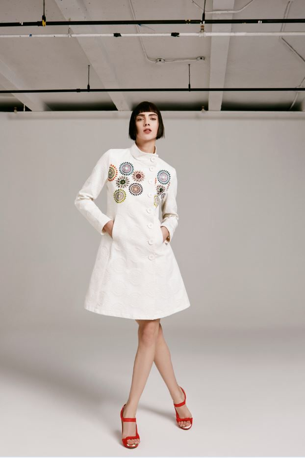 Step out in style this Spring with a new coat! This little white number from Desigual's SS16 collection will keep you standing out from the crowd!