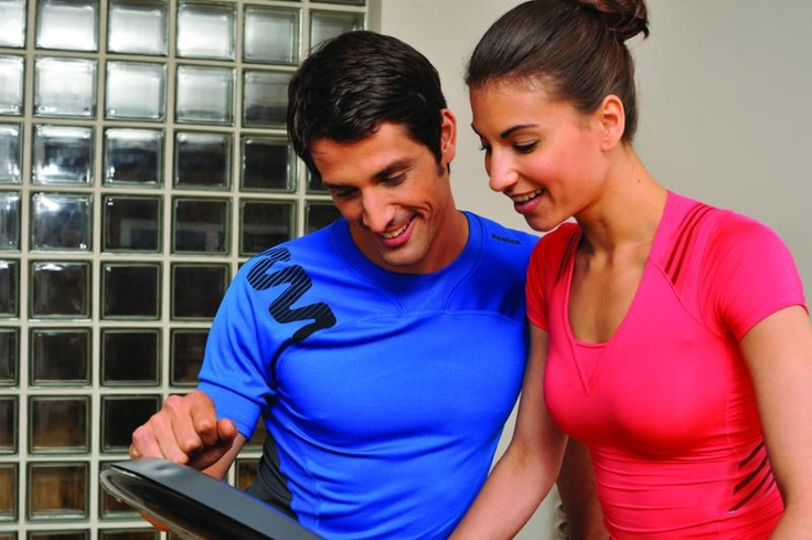 RE1-11720BK_Z7_Run_Treadmil Lifestyle 4
