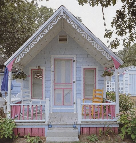 Adorable pastel tiny victorian cottage so cute for Cute small homes