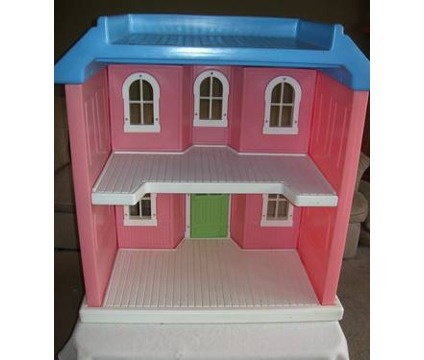 inside of the little tikes house briarberry bears pinterest barbie my size barbie and. Black Bedroom Furniture Sets. Home Design Ideas