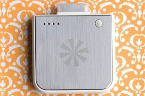 Tech Candy It's Bonus Time iPhone Battery Extender