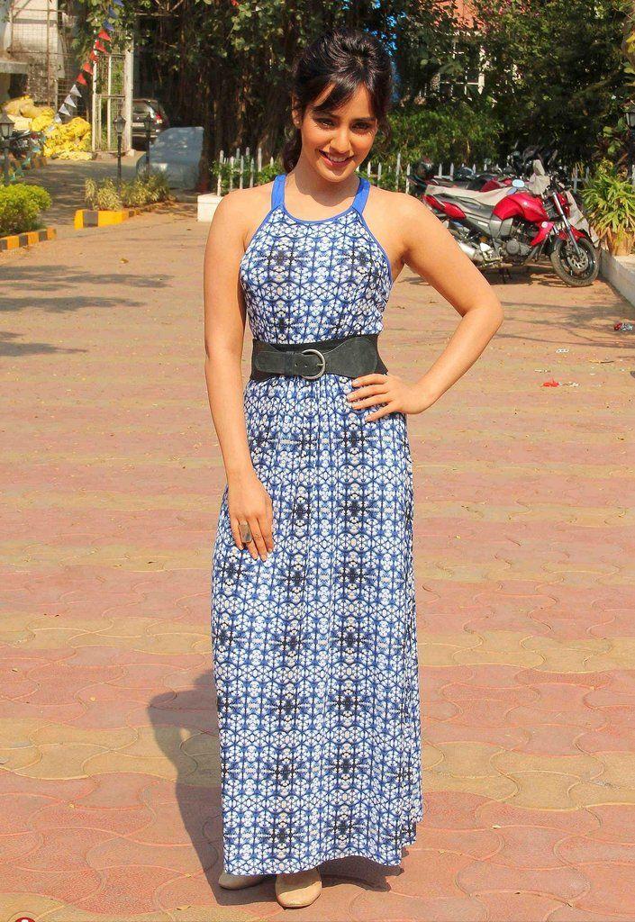 neha-sharma-in-printed-designer-dress https://ladyindia.com