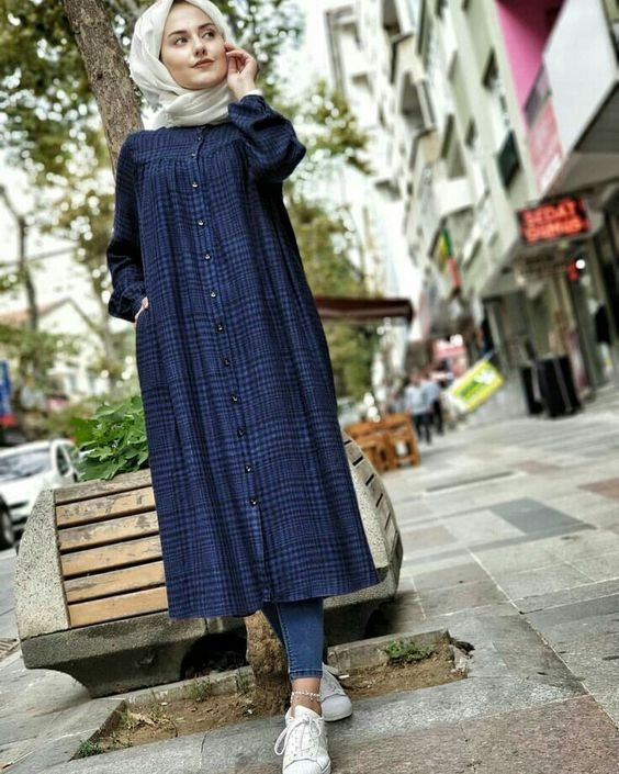1a4d30414c0ad Plaid and Stripped Dress Inspiration for Hijabies – Girls Hijab Style   Hijab  Fashion Ideas