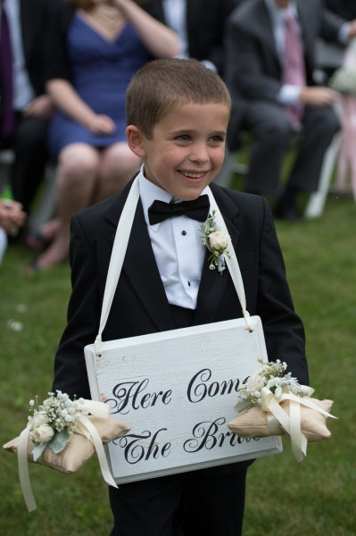 """Here comes the bride"" sign  Style Me Pretty 