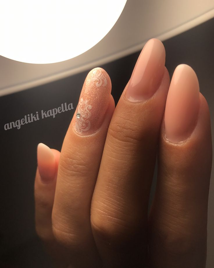 Red bronze shimmer nails, acrylic nails
