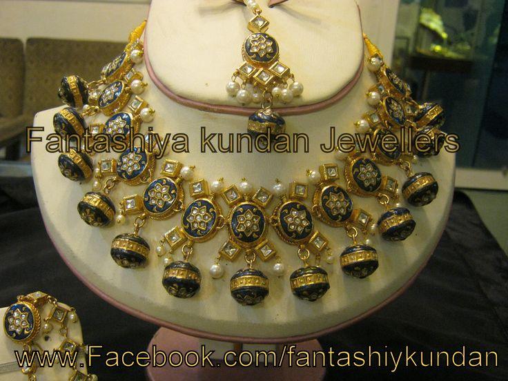 Mina Kari special Custom Order Kundan Set For Prices And Details Visit our F.B Page www.facebook.com/Fantashiyakundan